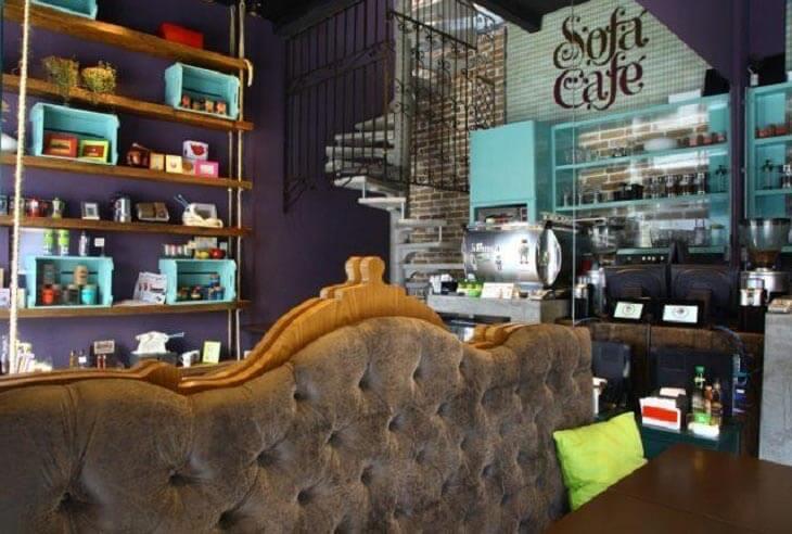 franquias de cafeteria sofá café
