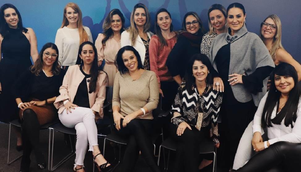Empreendedoras do setor odontológico contam como é gerenciar negócio próprio no país em que maioria dos dentistas é mulher