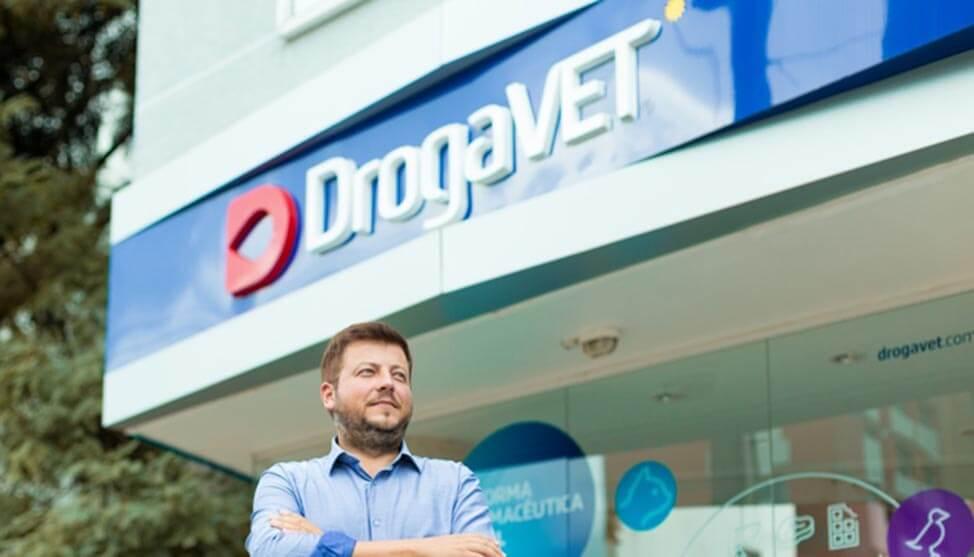 Arte e amor aos animais inspiram história de sucesso da DrogaVET