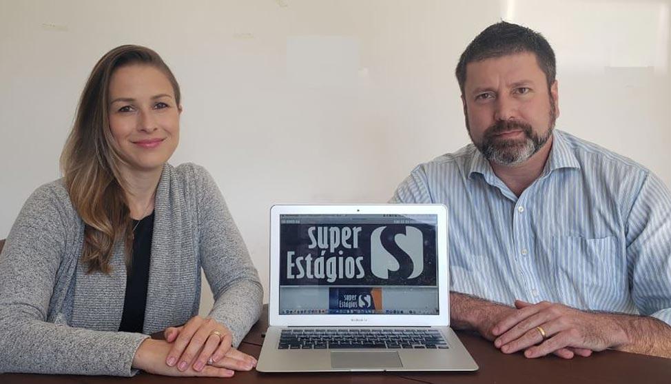 Investimento em franquia de estágio faz casal faturar R$ 90 mil ao mês