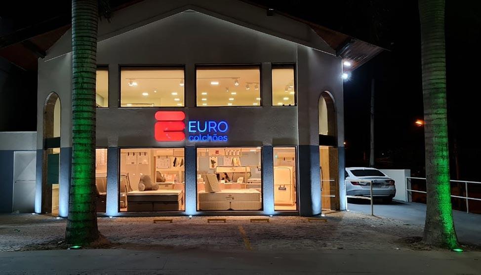 Após começar como vendedor, franqueado inaugura sua 9ª unidade da Euro Colchões e prevê faturar milhões