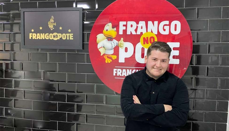 CEO de 22 anos comanda a Frango no Pote